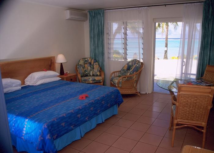 Beachfront are (room), Manuia Beach Boutique Hotel, Rarotonga