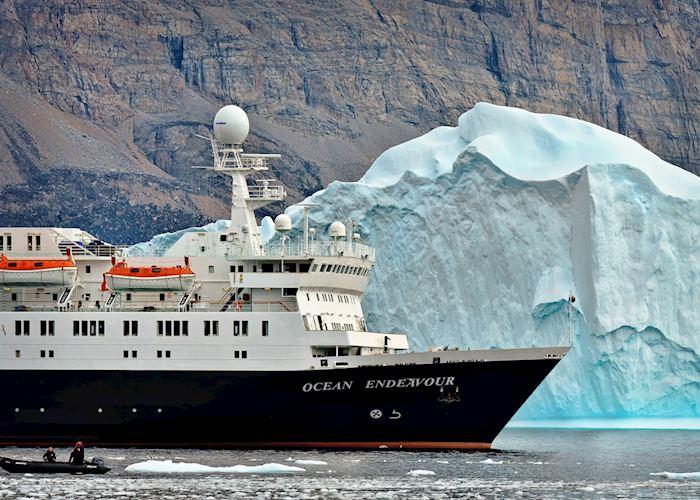 Ocean Endeavour , Adventure Canada