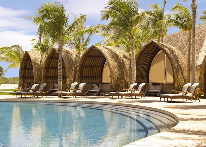 Pool Cabanas at the Four Seasons