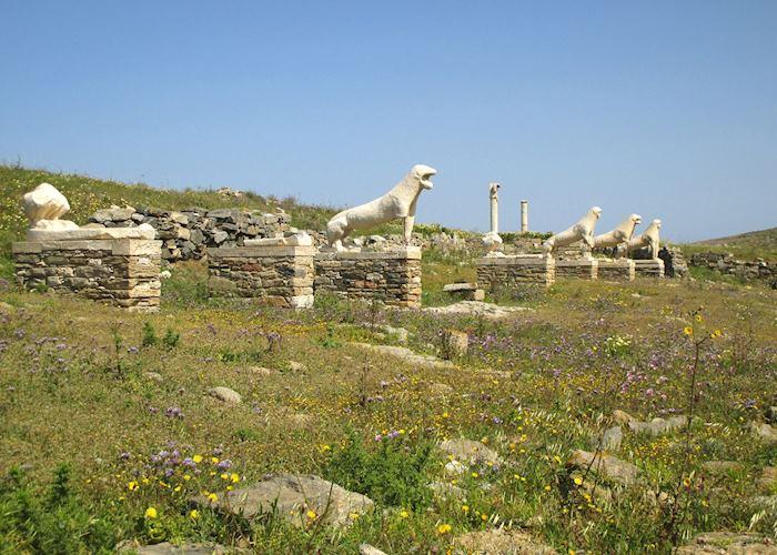 Lion statues, Delos