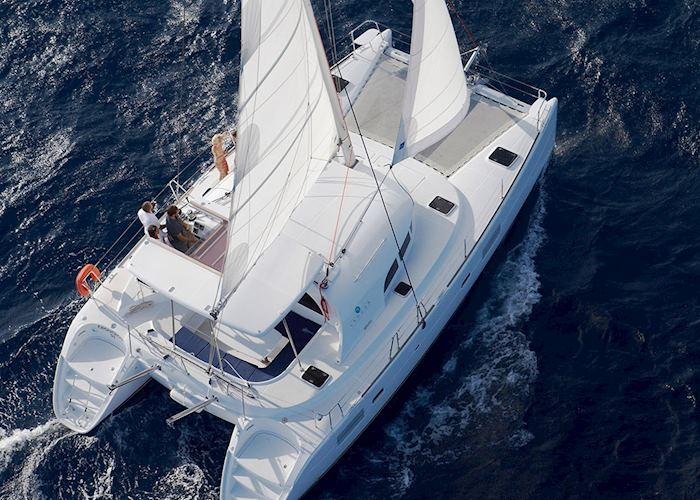 Catamaran, Santorini