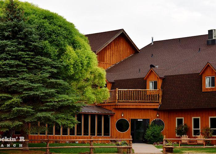 Rockin R Ranch lodge exterior