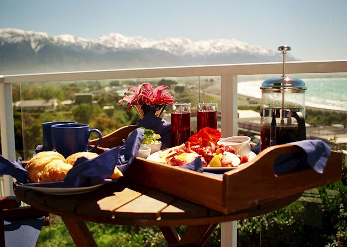 Breakfast with a view at The Lemon Tree, Kaikoura