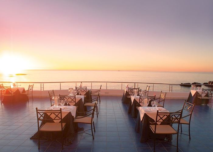 Sunset, The Twelve Apostles Hotel