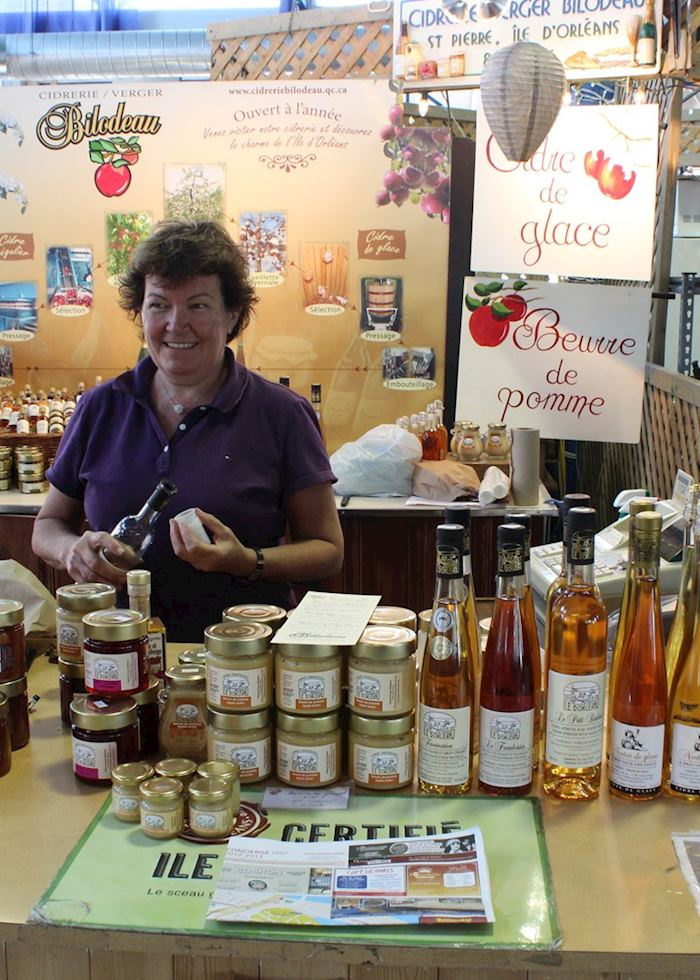 Apple ice wine tasting at Québec Public Market, Québec City, Canada