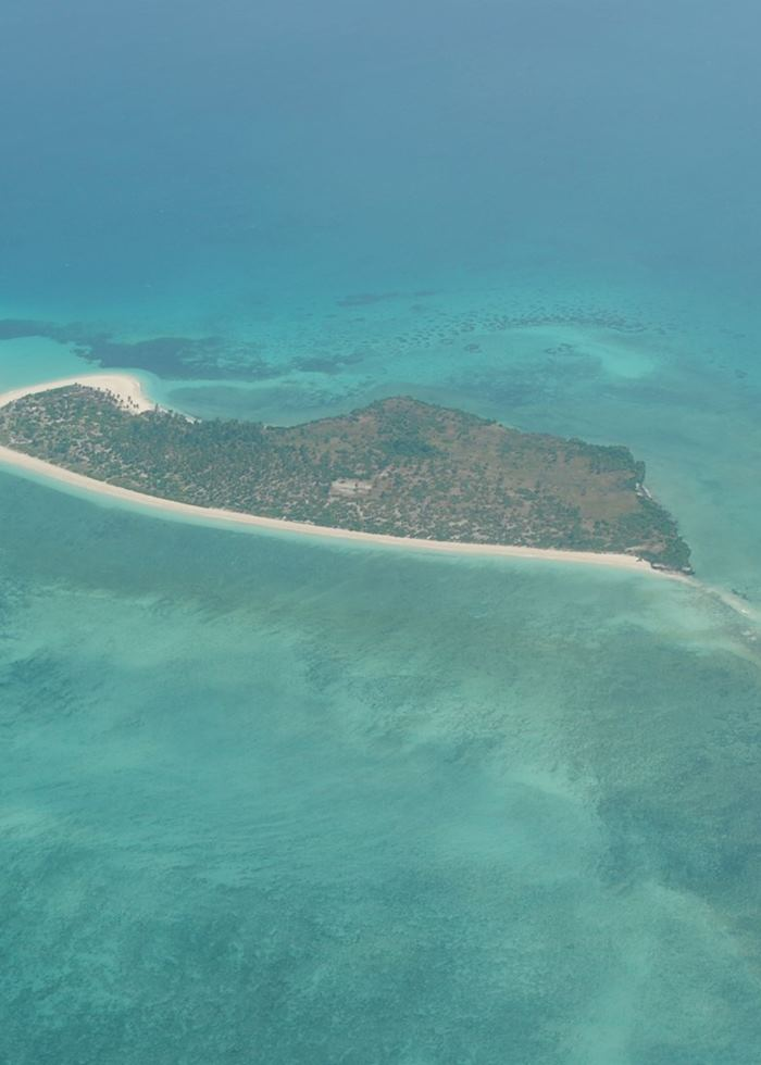Fanjove island from the air, Songo Songo Archipelago