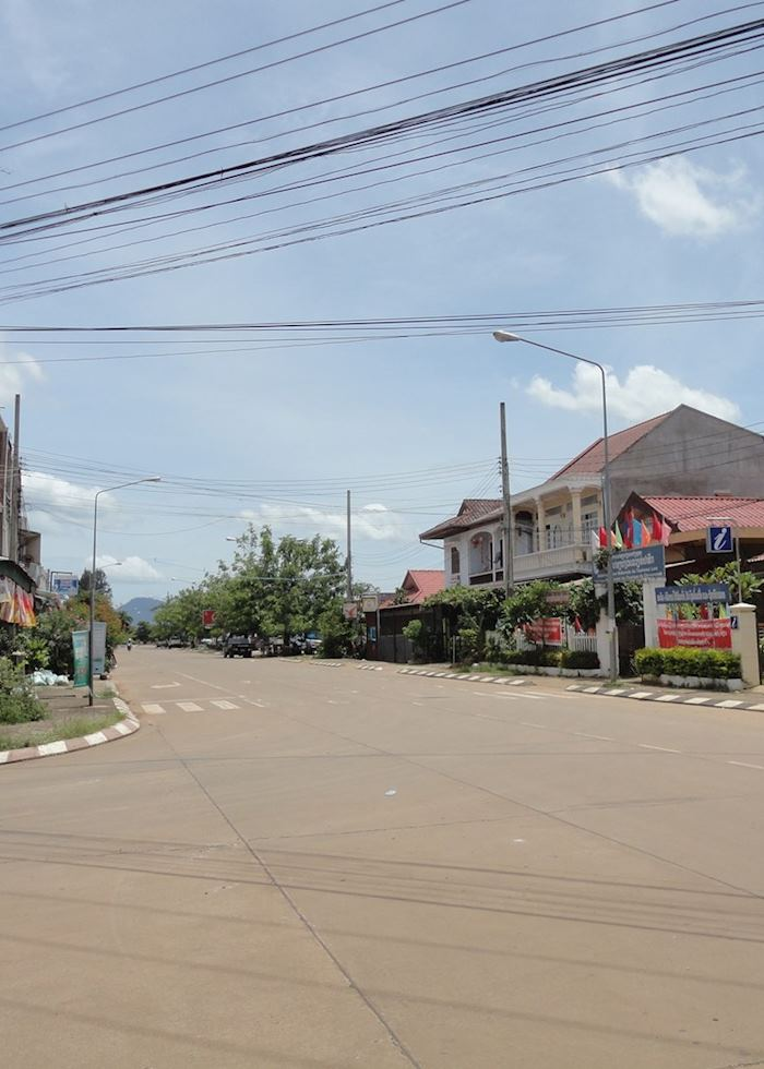 Quiet Pakse Street, Laos