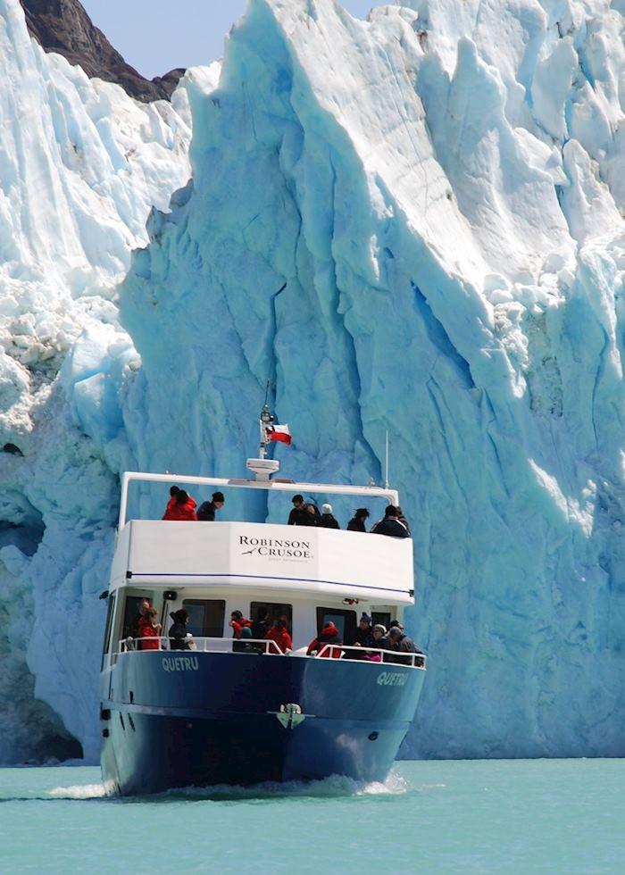 Cruising to the Great Glacier, Villa O Higgins