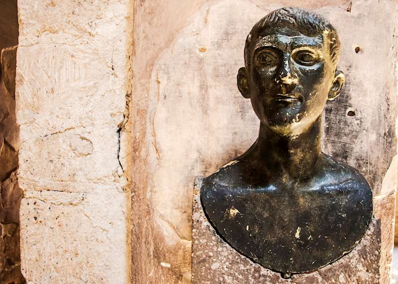 Unlocking Italy's key Roman sites of Rome, Pompeii & Herculaneum