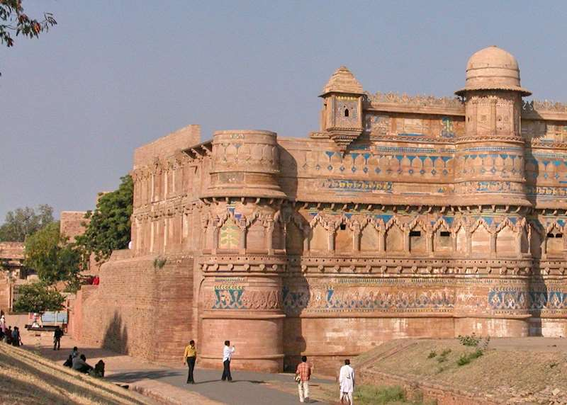 Stay in an Indian fort