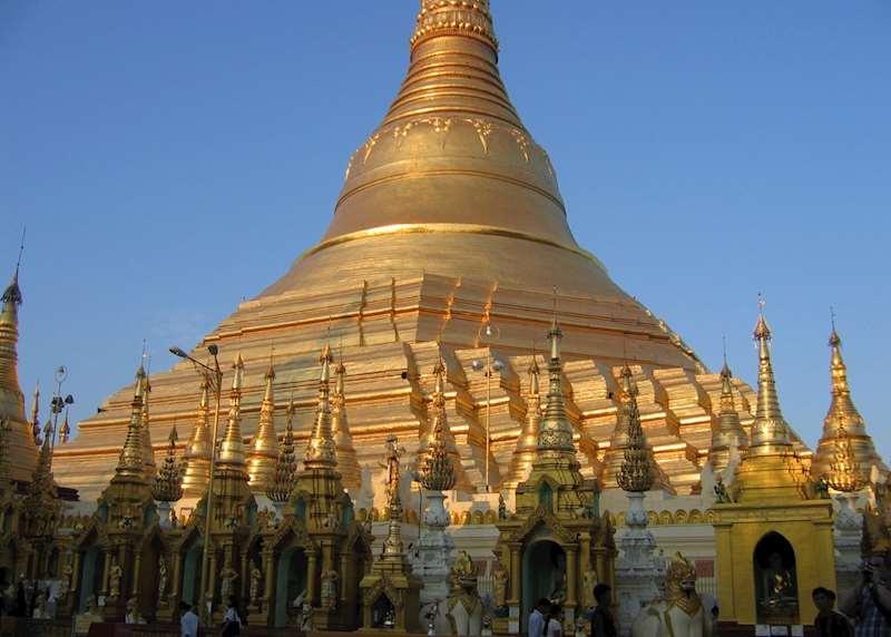 Burma (Myanmar)'s temples beyond Bagan