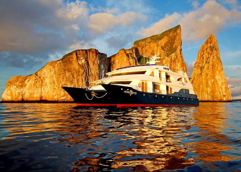 Planning your Galapagos expedition cruise: how to choose your vessel